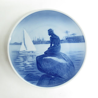"Royal Copenhagen ""Little Mermaid"" Commemorative Plate"