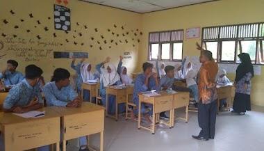 Asesmen Kompetensi Minimum (AKM) Literasi Membaca dan Numerasi