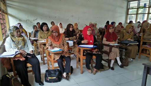 Guru PKN Jadi Pelopor Menuju Pendidikan Abad ke 21