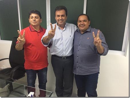 Carlos Eduardo recebe apoio do prefeito eleito de João Câmara