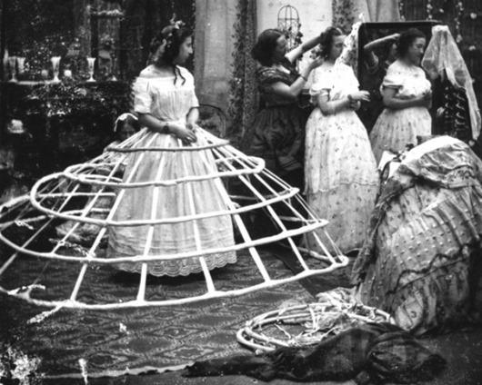 Victorian-ladies-5