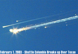 Shuttle Columbia breaks up over Texas