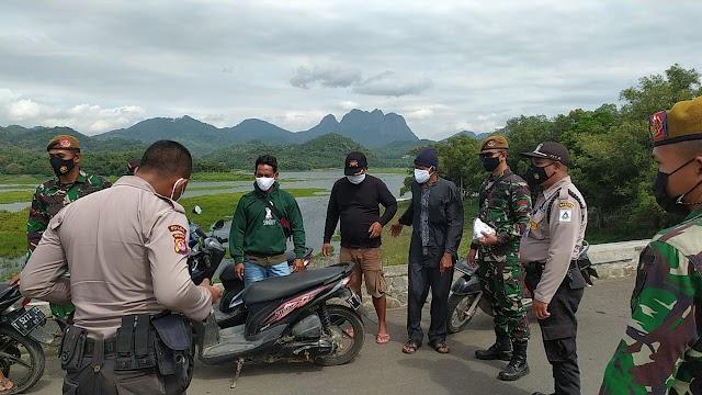 Danramil 05/Jtl Kodim 0619/Pwk; 3 Lokasi Di Kecamatan Jatiluhur Jadi Sasaran Patroli PPKM Level 4