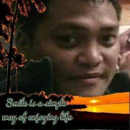 user Sherwin Gatan apkdeer profile image