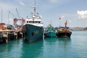 Dua Kapal Ikan Berbendera Vietnam Diamankan Korpolairud Baharkam