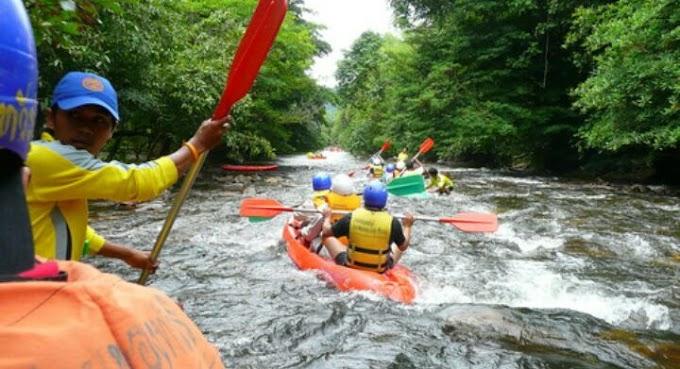 Bajet Kayak Arus Deras di Manang Satun