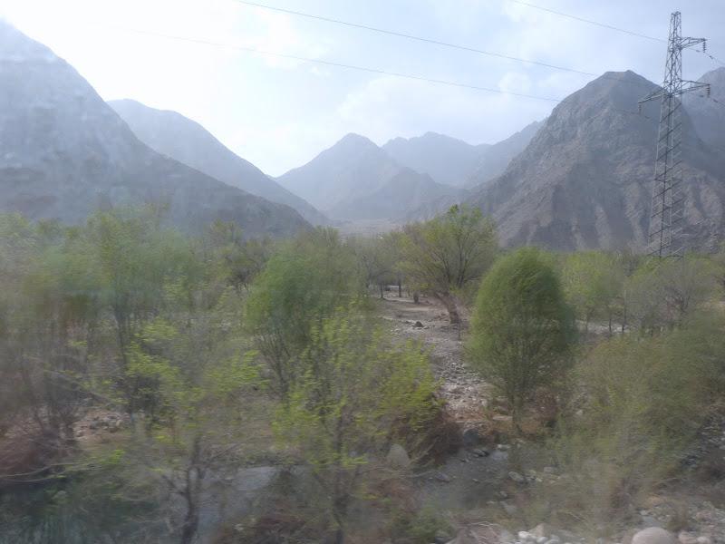 XINJIANG. 23 heures de train de Turpan a Kasghar - P1280119.JPG