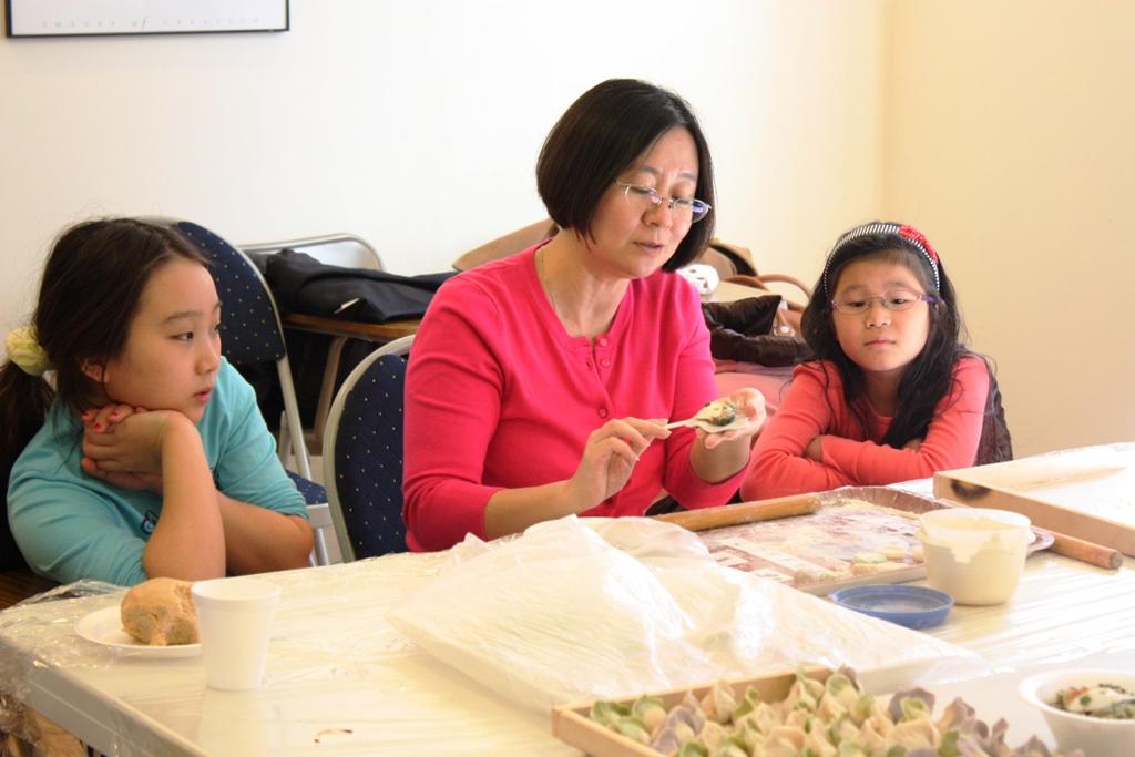20130217中文学校包饺子 - IMG_7338.JPG