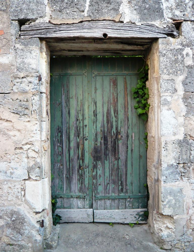[St+Emilion+doors+and+windows6%5B4%5D]