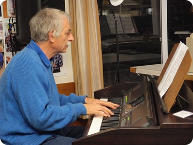 Claude Moffat played our Clavinova CVP-509 with some uptempo popular melodies. Photo courtesy of Dennis Lyons.