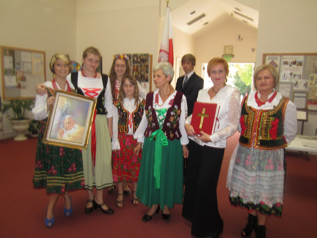 10.16.2011 Błogosławiony Jan Paweł II Patronem Apostolatu - IMG_1685.JPG