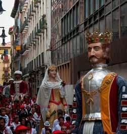 Pasacalles de Gigantes y Cabezudos en las Fiestas de San Isidro 2015