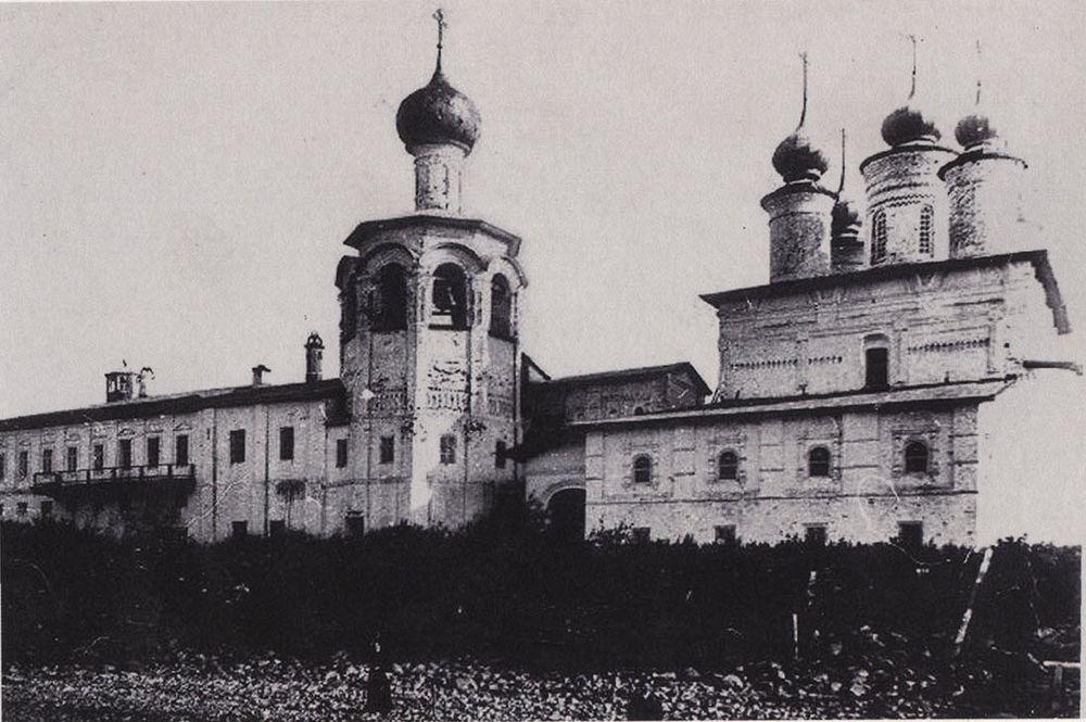 spaso-kamenny-monastery-4