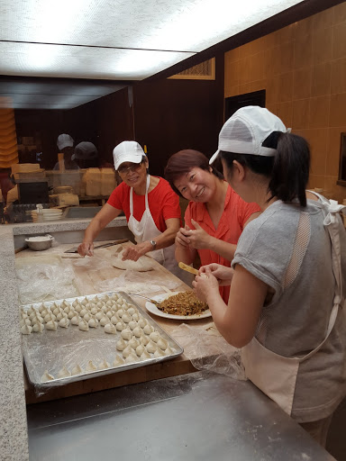 Making dumplings at Oh! Dumplings, in Montreal - one of my favorite meals this year