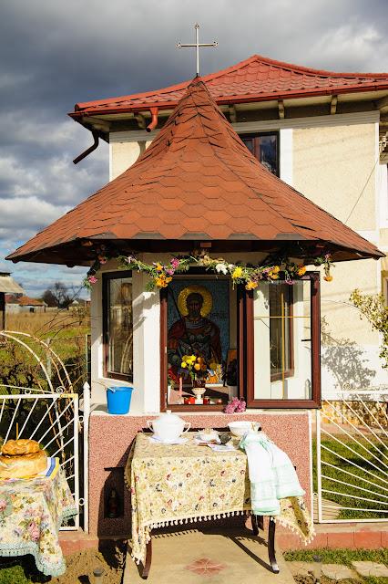 11 Noiembrie - Slujba de hram la Troița Sf. Mina