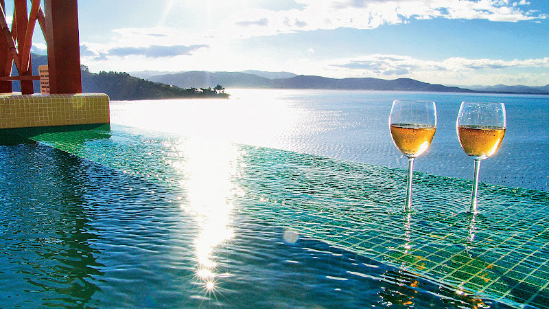 Ponta Dos Ganchos - Wine%2Bseaview.jpg