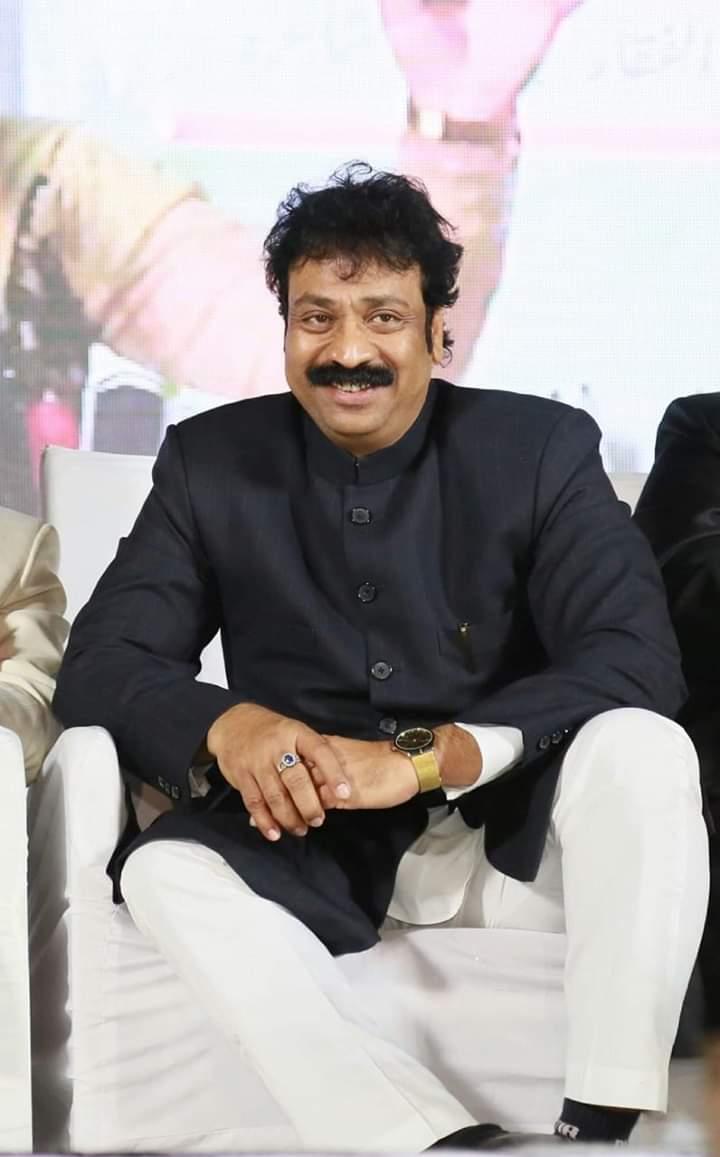 बॉलीवूड अभिनेता तौफिक खान ऊर्फ टाइगर सुलतान एनजीओ अमेना यूसूफ ट्रस्ट के माध्यम से जरूरतमन्द लोगो को क़र रहें हैं राशन तक्सीम