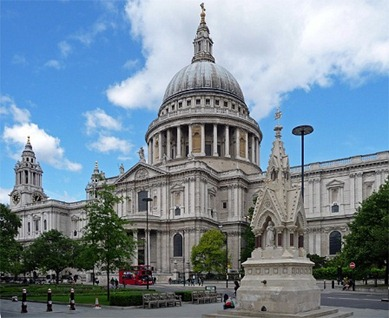St_Paul's_Cathedral,_St_Paul's_Churchyard