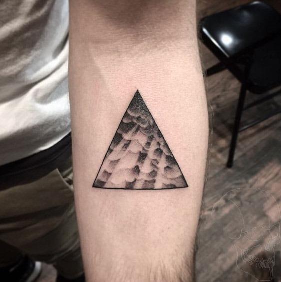 Este glifo triangular