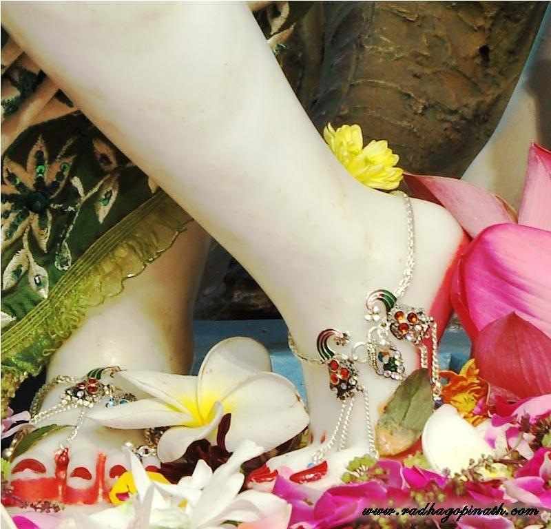 ISKCON Chowpatty Deity Darshan 29 Feb 2016 (21)