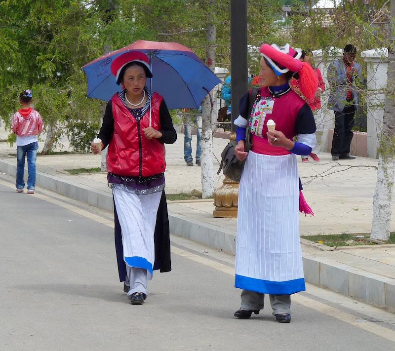 Chine. Yunnan.Shangri la Course hippique annuelle - P1250775.JPG