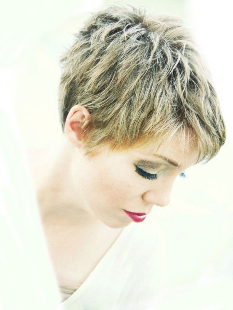 Short Hairstyles For Women - Top Hairstyles In Summer 2018 6