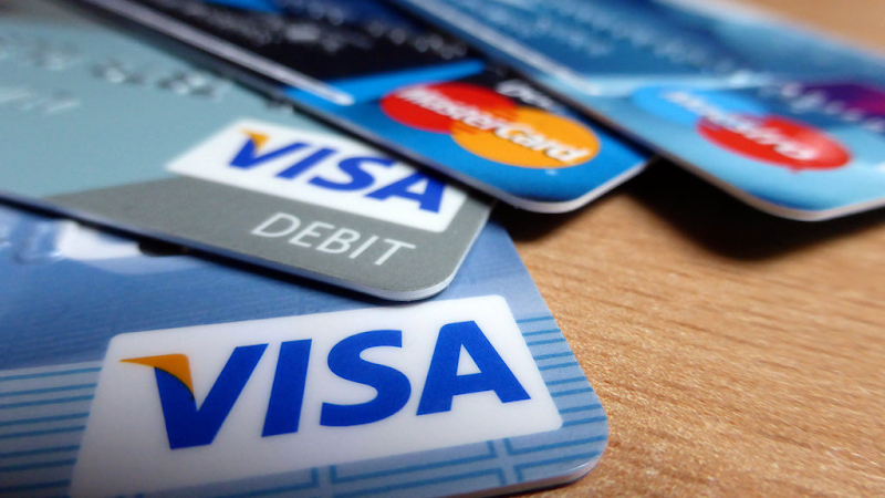 kartu kredit kartu debit