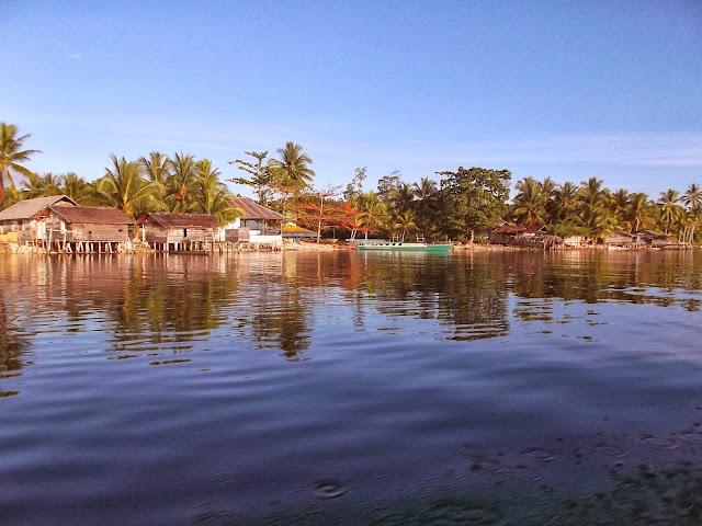Village d'Anggai. Pulau Obi (Moluques), 15 septembre 2013. Photo : Eko Harwanto