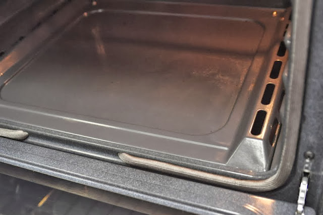 How to clean burnt stuff in the oven
