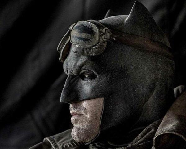 Batfleck-Cowl