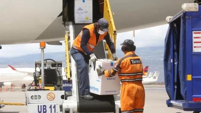 República Dominicana recibe el primer cargamento de vacunas Pfizer