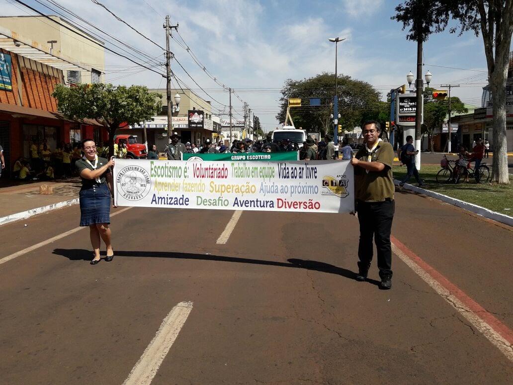 Desfile Cívico 07/09/2017 - IMG-20170907-WA0102.jpg