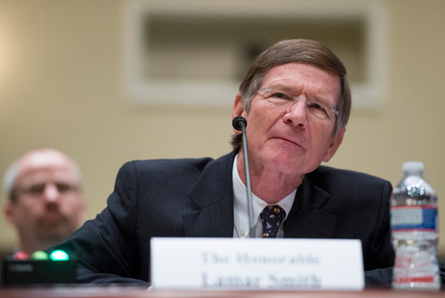 Rep. Lamar Smith (R-Texas), despite being chairman of the House Committee on Science, Space, and Technology, has a long history of dismissing mainstream climate science. In an op-ed published on 24 July 2017 in The Daily Signal, Smith extolled the virtues of global warming. Photo: Bill Clark / Cq Roll Call / Getty Images
