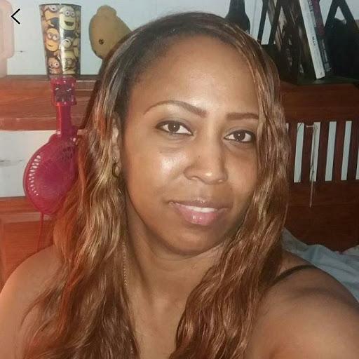 user Denise Williams-Butler apkdeer profile image