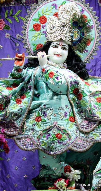 ISKCON Juhu Mangla Deity Darshan 17 Dec 2015 (20)