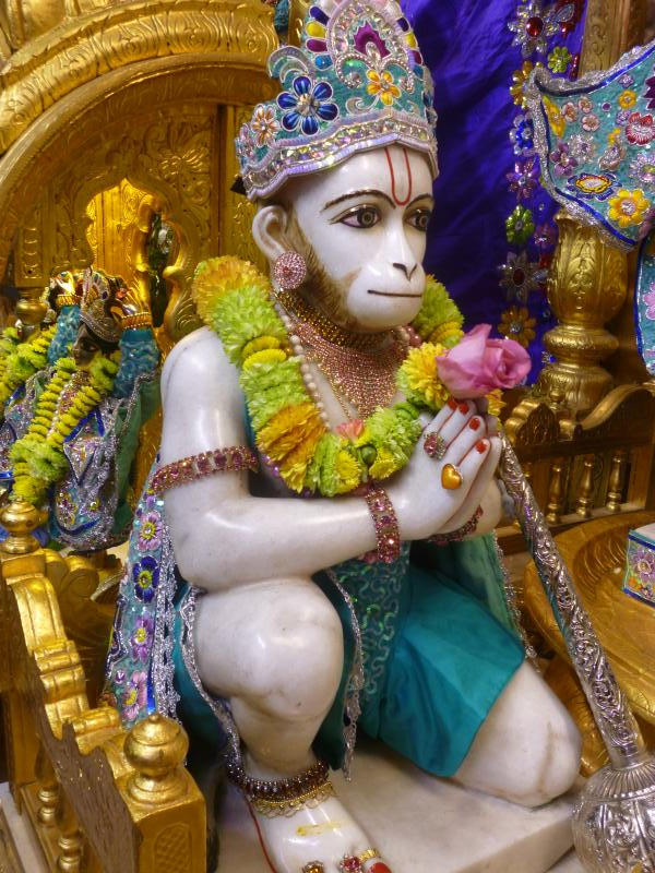 ISKCON Bhaktivedanta Manor Deity Darshan 17 Dec 2015 (4)