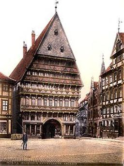 220px-Knochenhaueramtshaus_1900