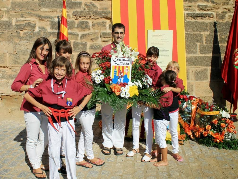 Ofrena Diada Nacional de Catalunya  11-09-11 - 20110911_510_Lleida__Ofrena_als_Patriotes.jpg