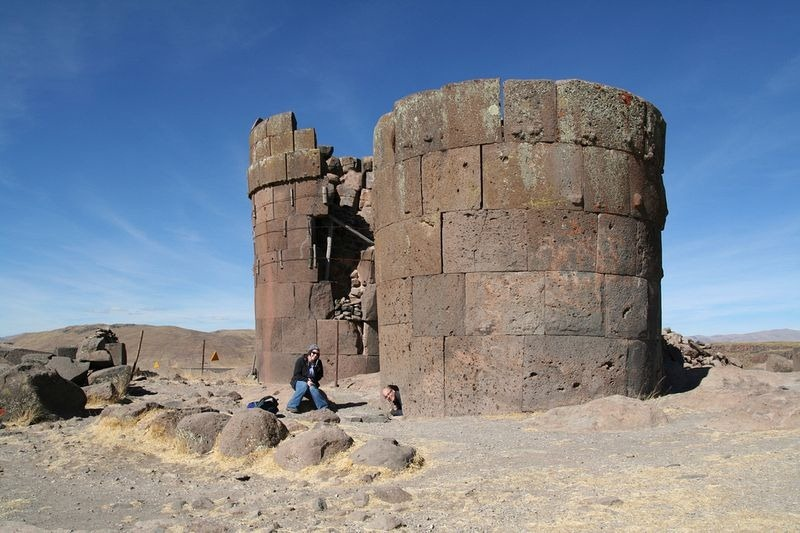 chullpas-of-sillustani-4
