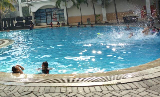 Kolam Renang Royal Kota Mojokerto
