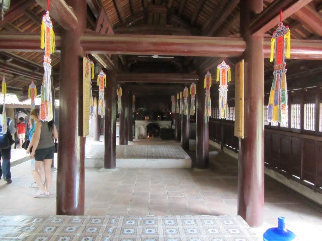 0009Ngo_Quyen_Temple