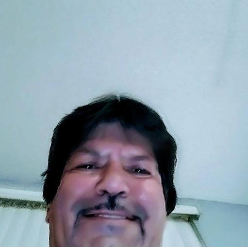 user Ariel Cancio apkdeer profile image
