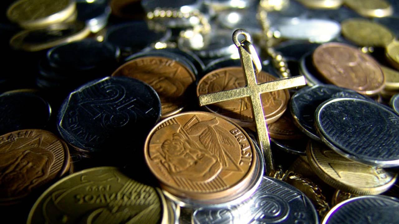 Làm tôi tiền của (07.11.2020 – Thứ Bảy Tuần 31 Thường niên)