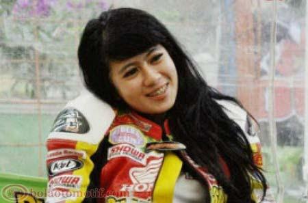 Indri Barbie Nurlia Sari