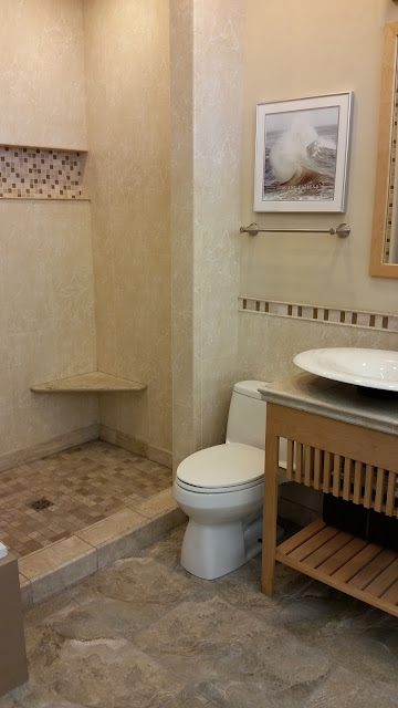 Bathrooms - 20150825_114450.jpg