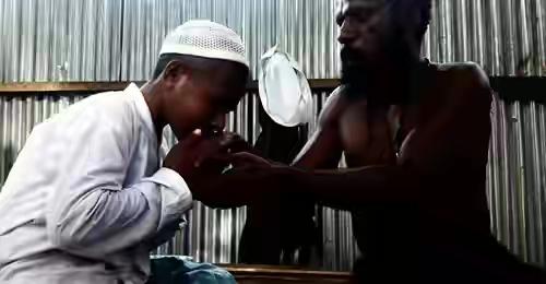 Subhanallah, Meski Beda Agama, Seorang Ayah di Papua Dukung Anaknya Nyantri