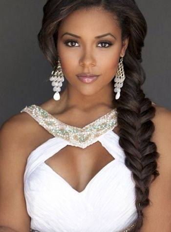 Hair:Wedding Hairstyles ForThe owners of dark skin 2017 11