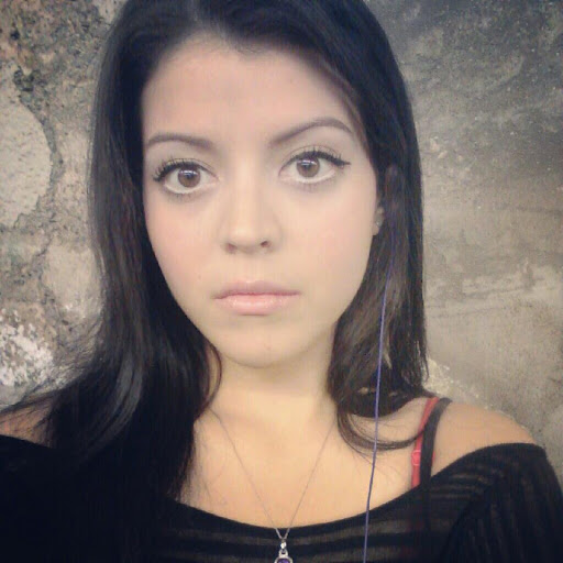 Alexis Alba Photo 9