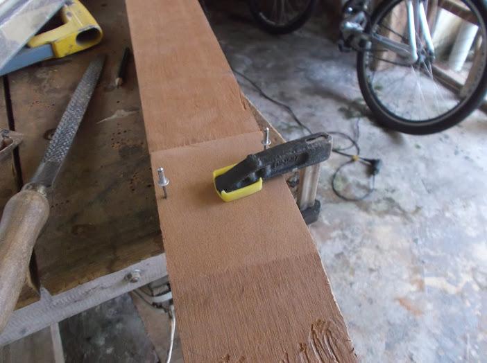 Construção inspirada Les Paul Custom, meu 1º projeto com braço colado (finalizado e com áudio) DSCF0457