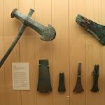 Musée d'archéologie nationale, Transition Néolithique/Âge de bronze : hache, (Kersoufflet, La Faoüet, Morbihan)